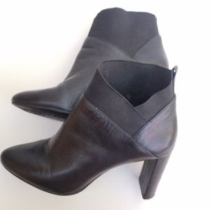 Nine West leather bootie for women size 8
